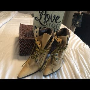 Manolo Blahnik Shoes - Manolo Blahnik Timberlands